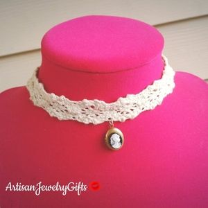 Victorian Lady Cameo Locket Lace Choker Necklace